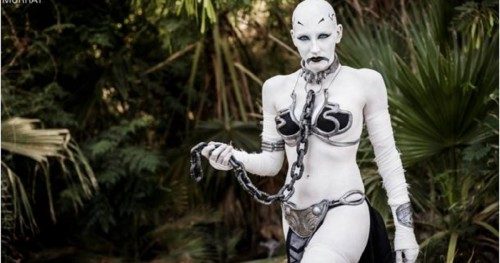10 Perfect Slave Leia Mashups Will Amaze You With Creativity!
