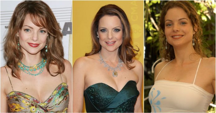 61 Kimberly Williams Paisley Sexy Pictures Will Hypnotise You With Her Beauty