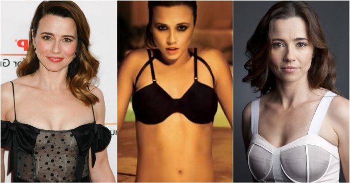 61 Linda Cardellini Sexy Pictures Prove She Is A True Goddess