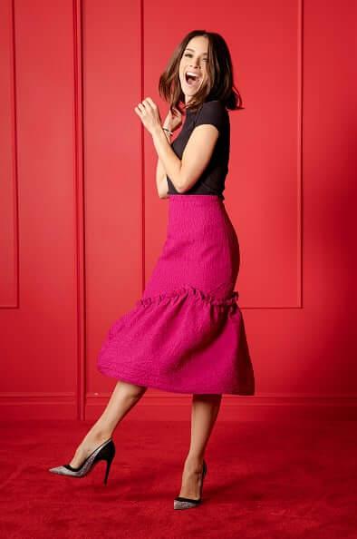 Abigail Spencer feet high heels