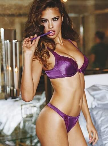 Adriana Lima sexy boobs (2)