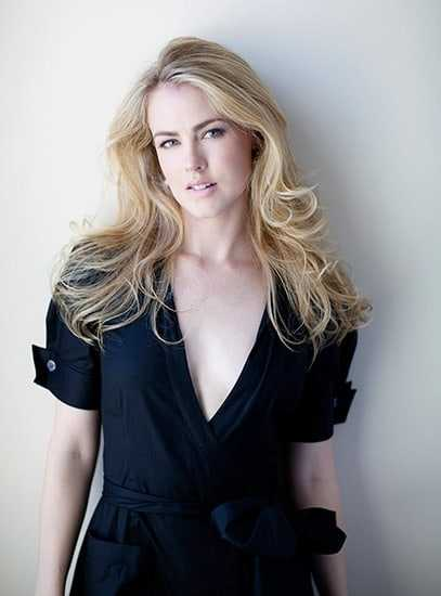 Amanda Schull hot pics