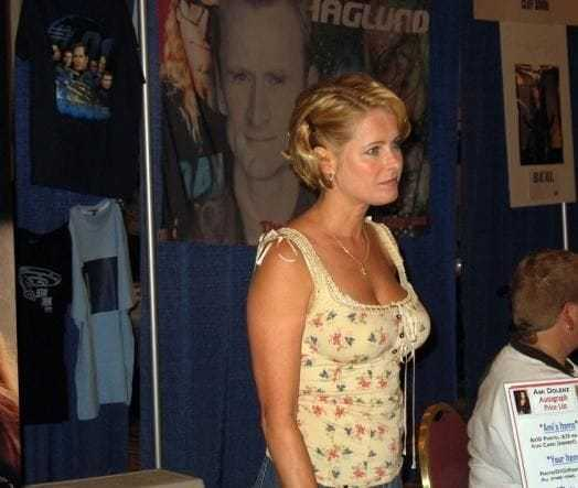 Ami Dolenz sexy pictures