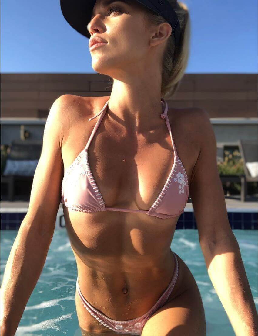 AnnaLynne McCord sexy pics