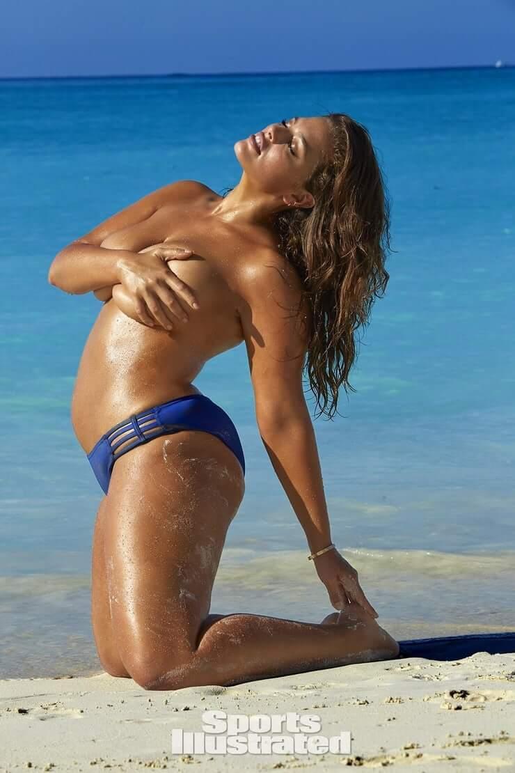 Ashley Graham hot nude pics