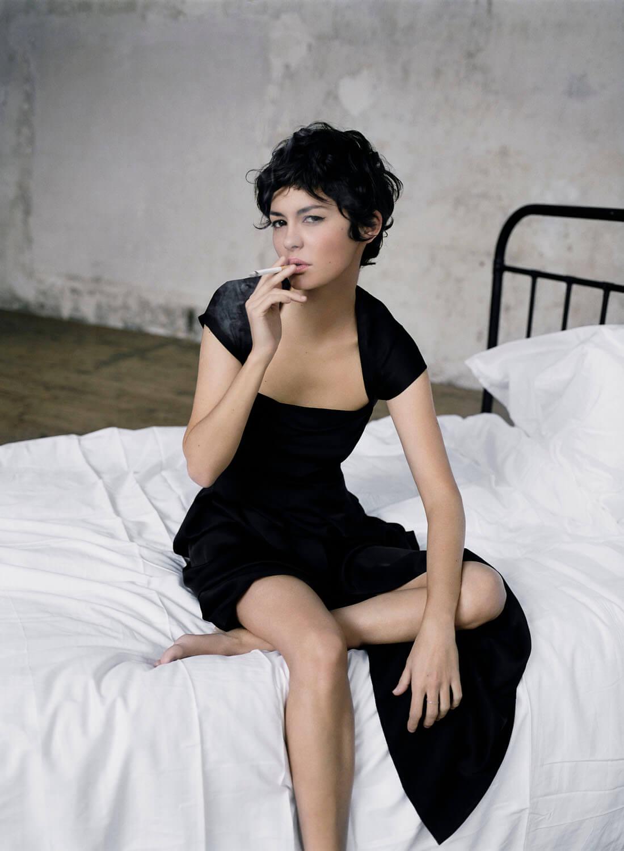 Audrey Tautou hot thighs