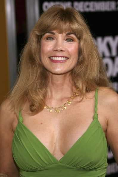 Barbi Benton hot cleavage