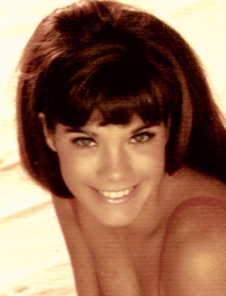 Barbi Benton2