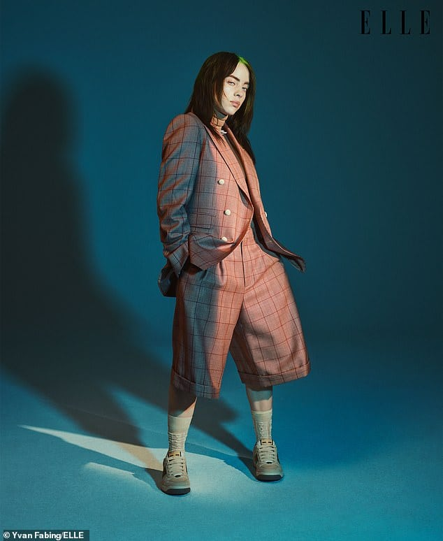 Billie Eilish awesome pics (2)