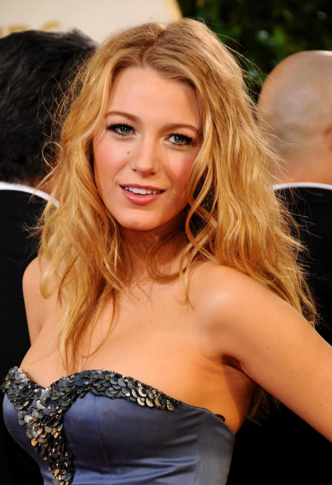 Blake Lively sexy boobs pictures