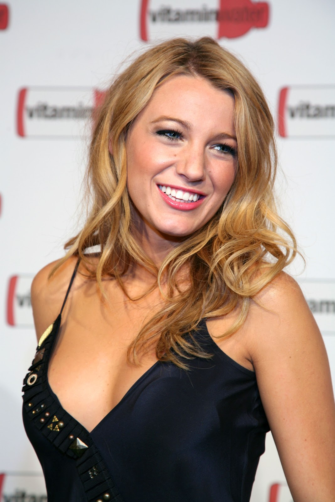 Blake Lively sexy pictures