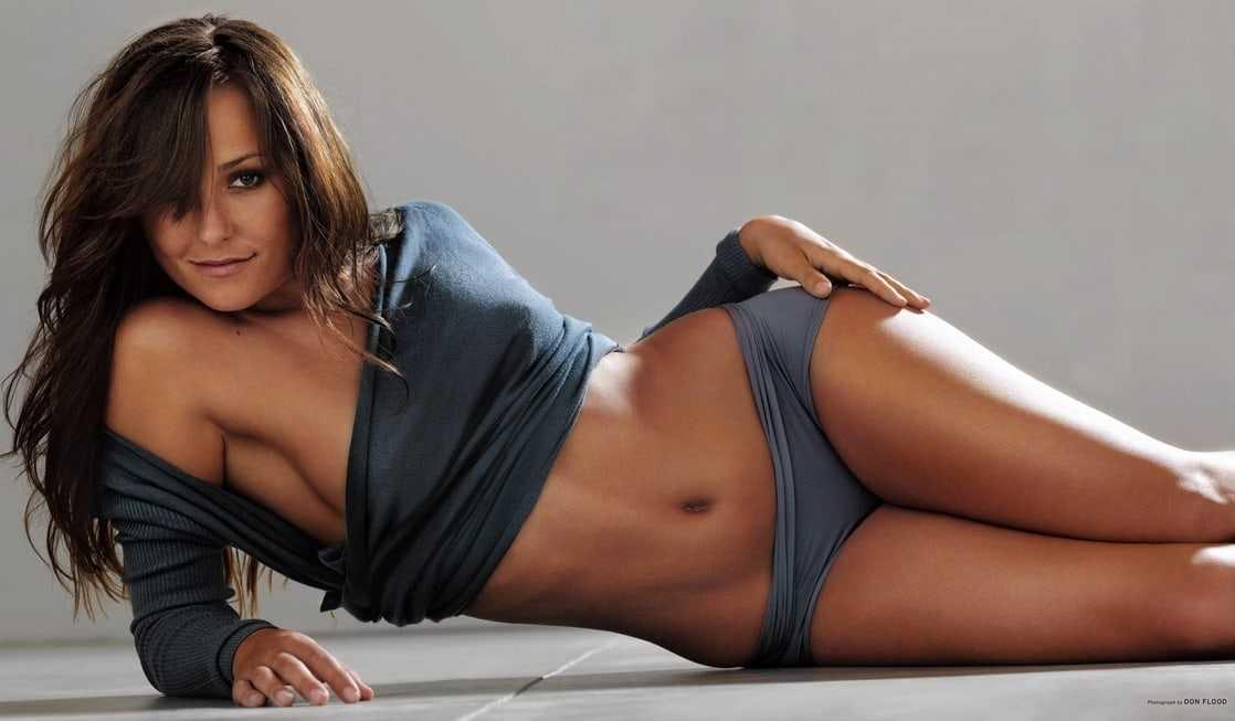 Briana Evigan sexy thighs