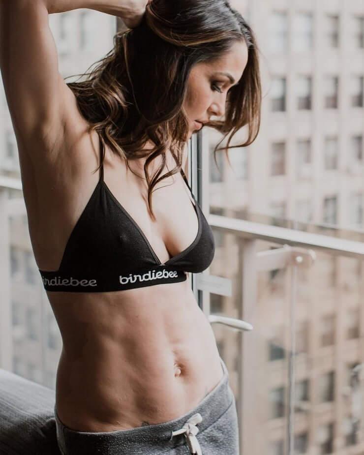 Brie Bella sexy navel