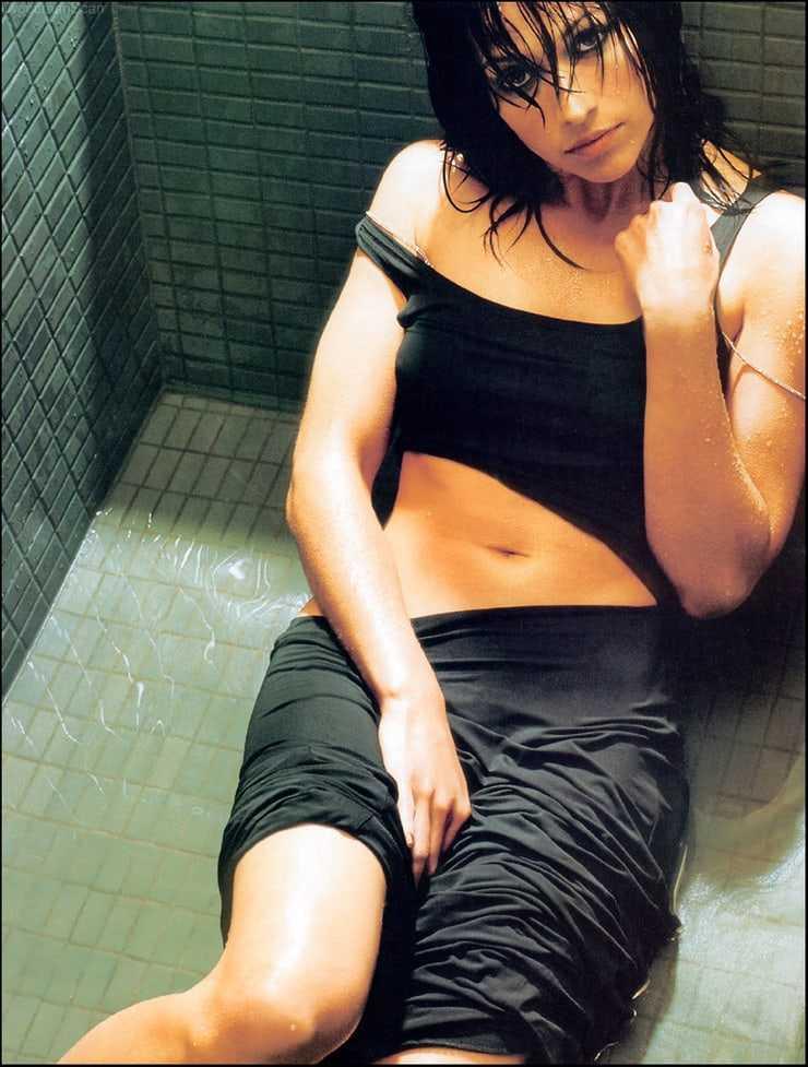 Brooke Langton sexy