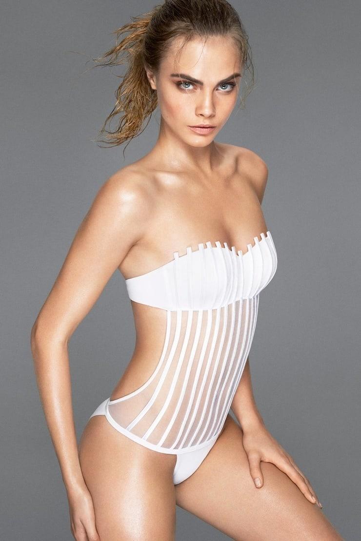 Cara Delevingne boobs