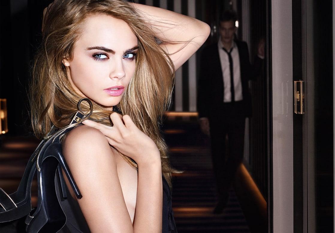 Cara Delevingne sexy boobs