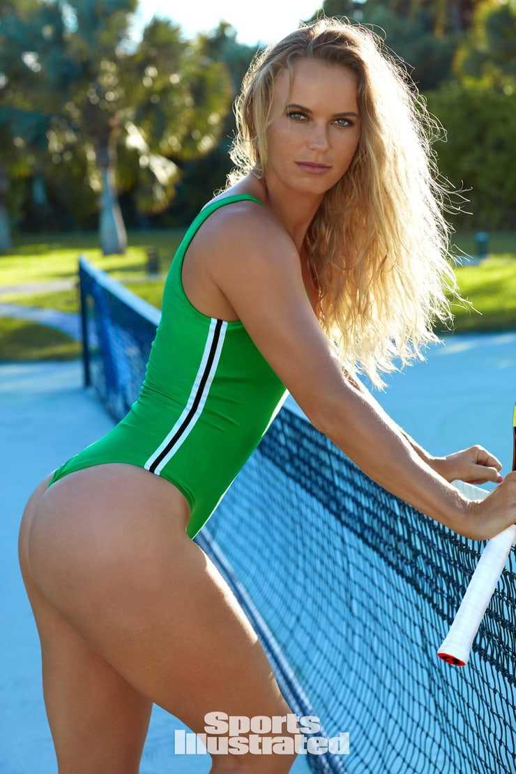 Caroline Wozniacki ass hot