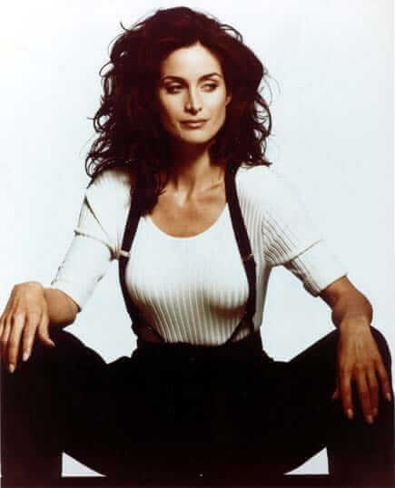 Carrie-Anne Moss sexy pic