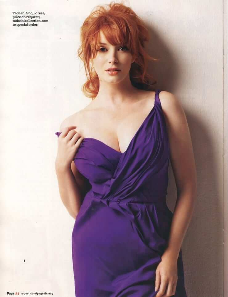 Christina Hendricks sexy boobs