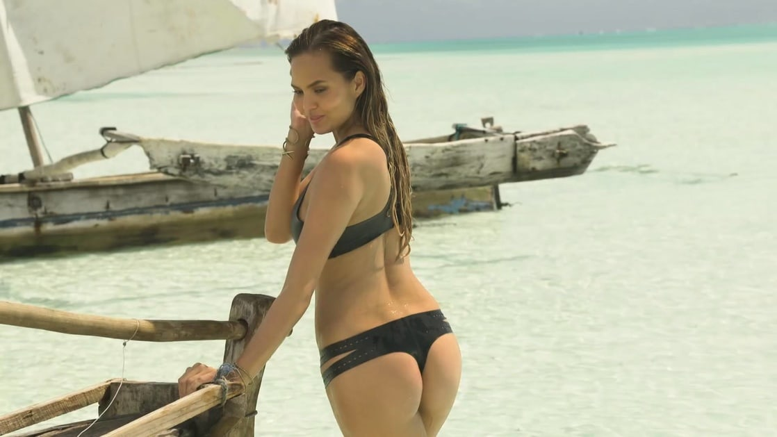 Ciara sexy ass (2)