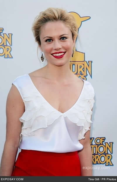 Claire Coffee cleavage