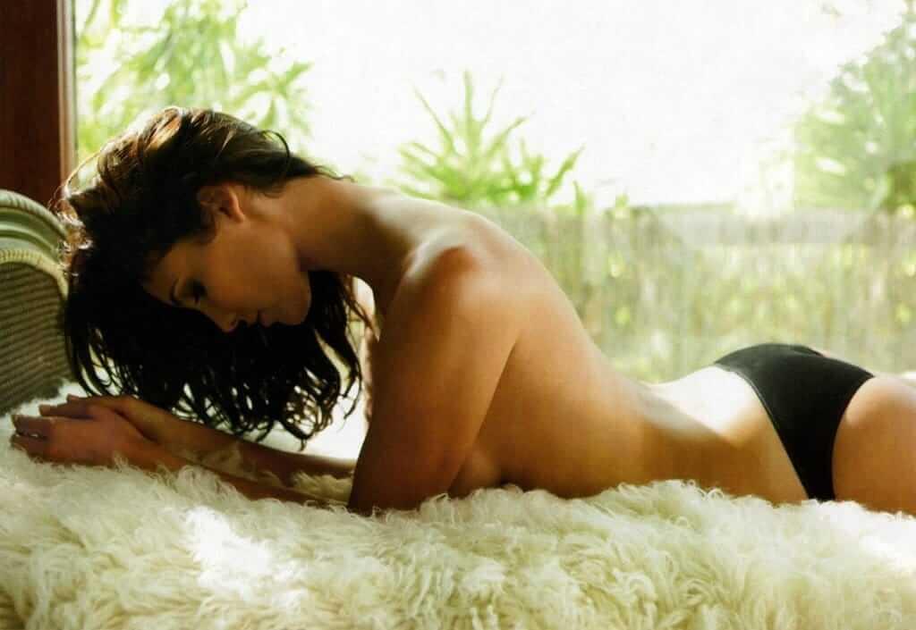 Daniela Ruah near nude