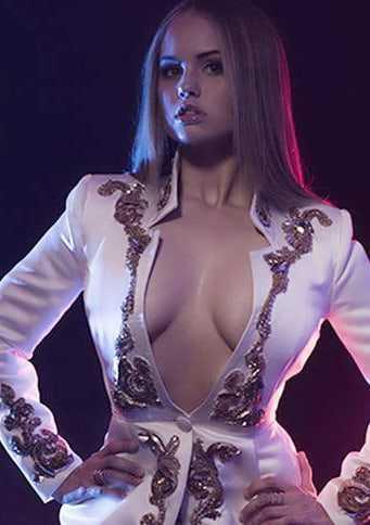 Debby Ryan hot cleavage