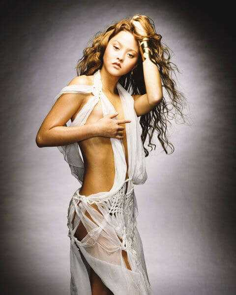 Devon-Aoki-topless