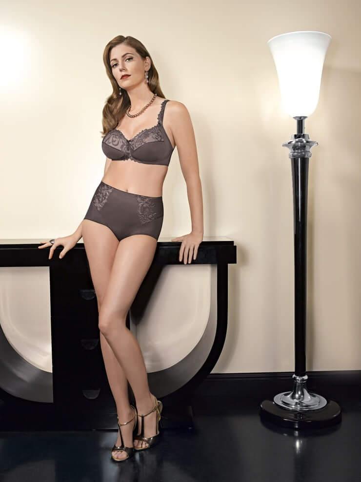 Diora Baird awesome