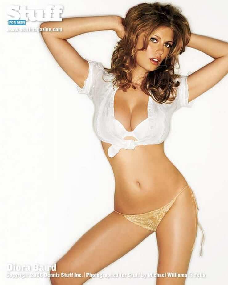Diora Baird hot cleavage