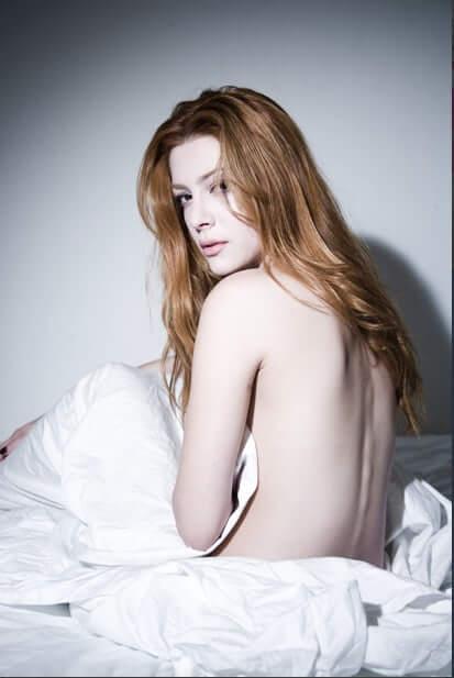 Elena Satine sexy backless pic