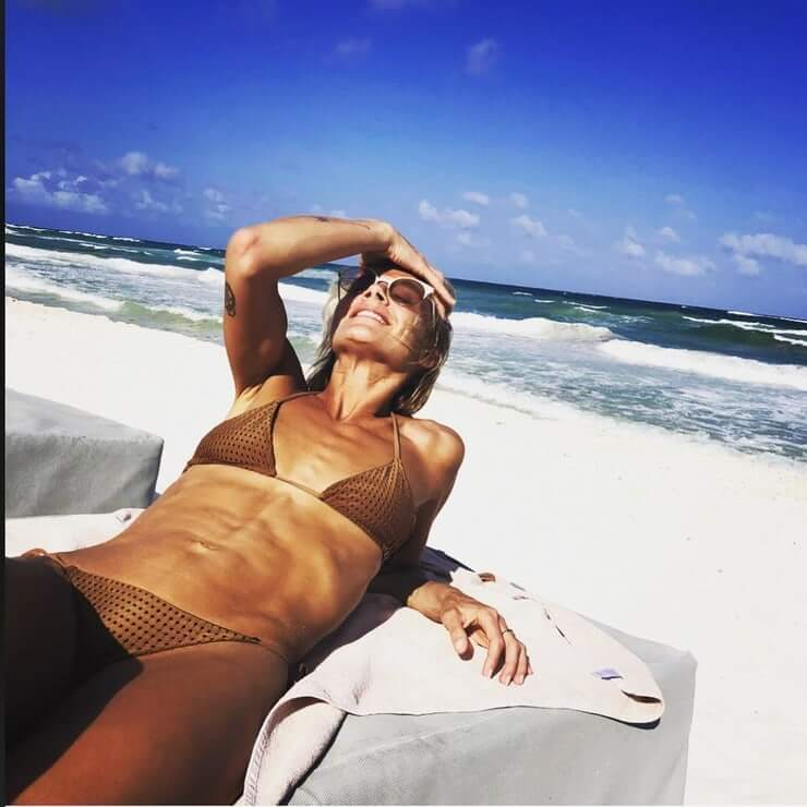 Eliza Coupe bikini