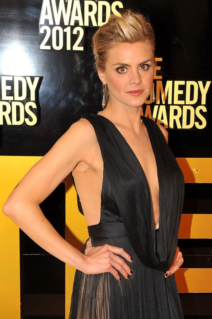 Eliza Coupe side boobs