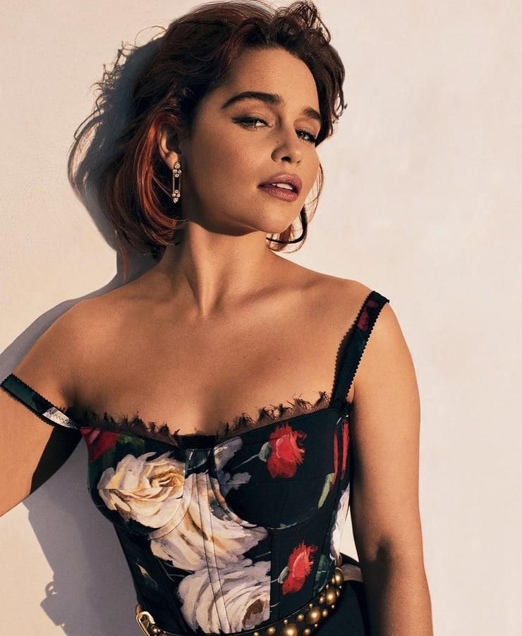 Emilia Clarke awesome pics