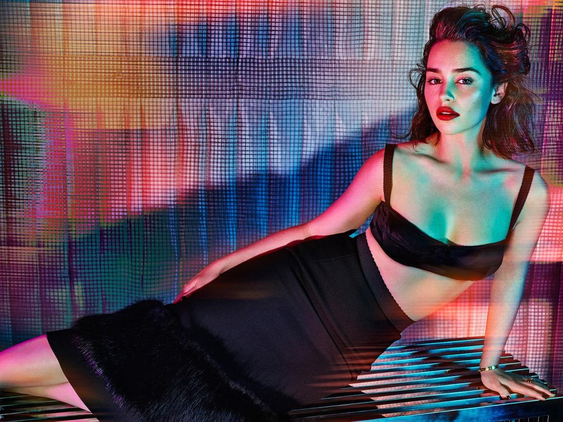 Emilia Clarke hot bikini pic
