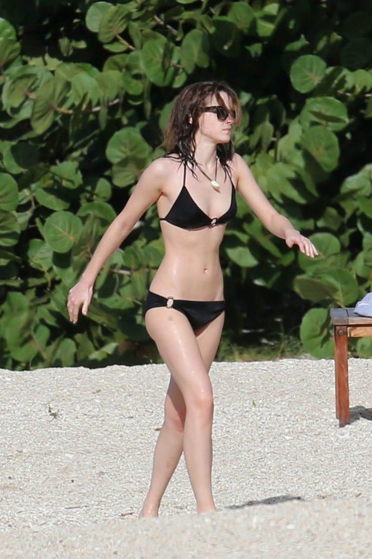 Emma Watson hot bikini pic