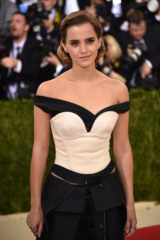 Emma Watson hot boobs