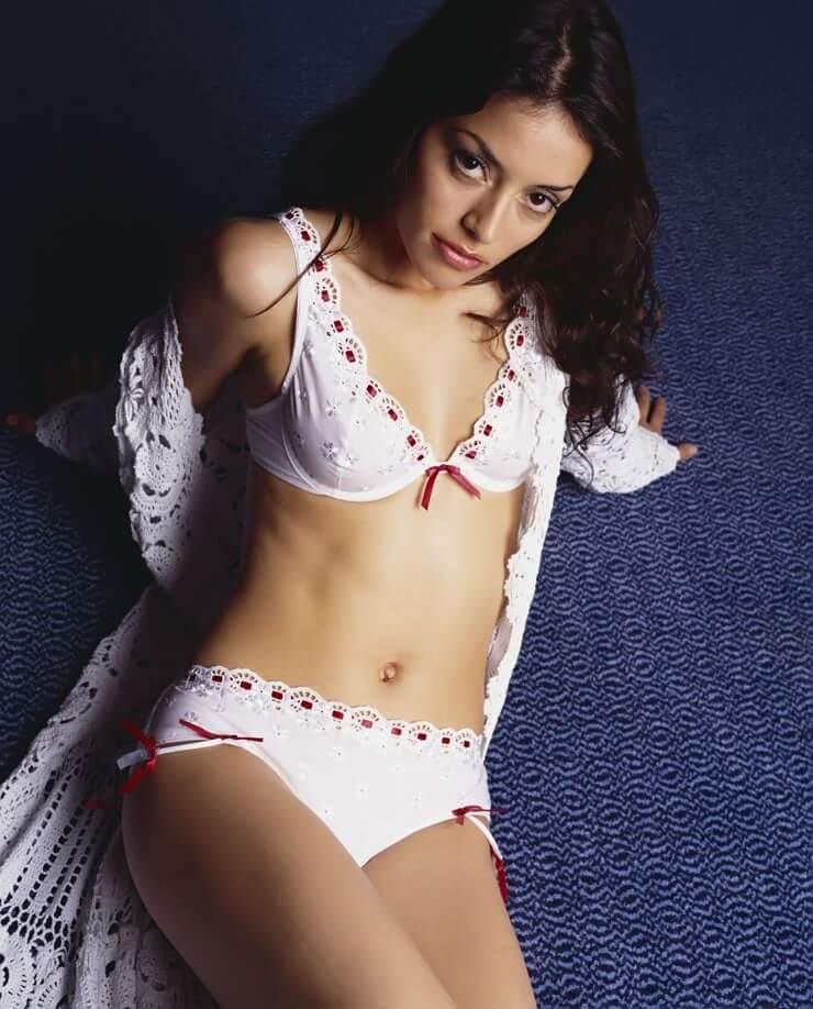 Emmanuelle Vaugier sexy photos