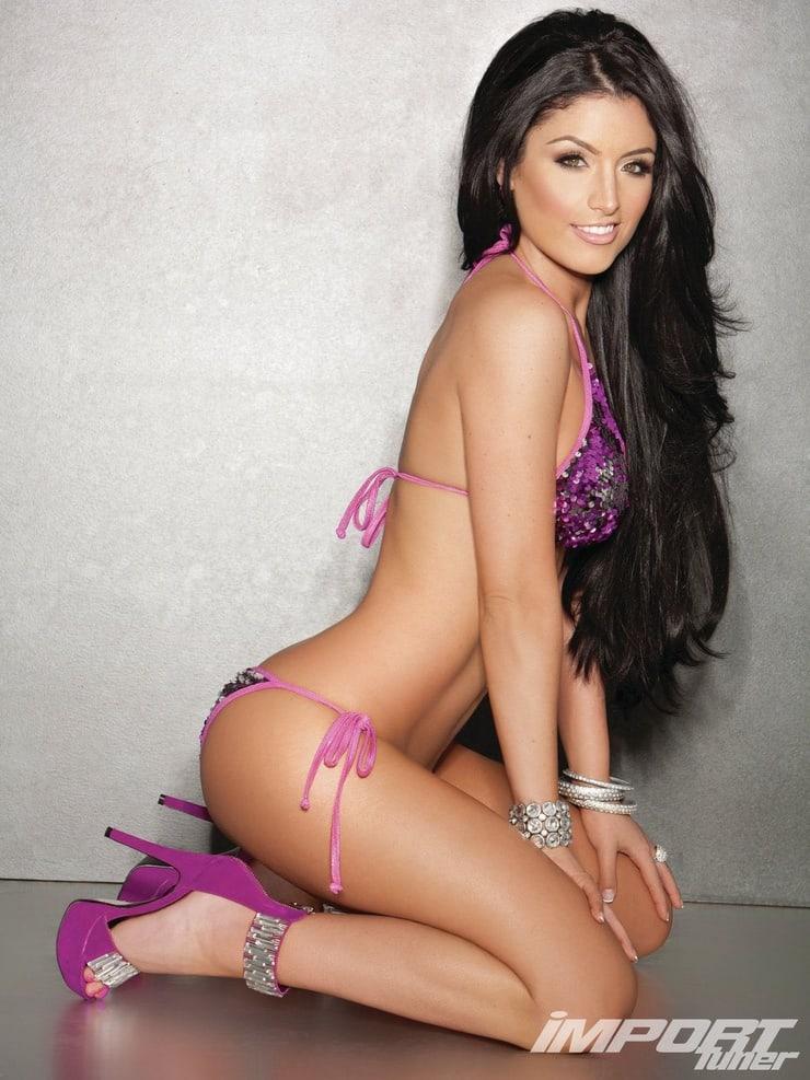 Eva Marie hot side pics