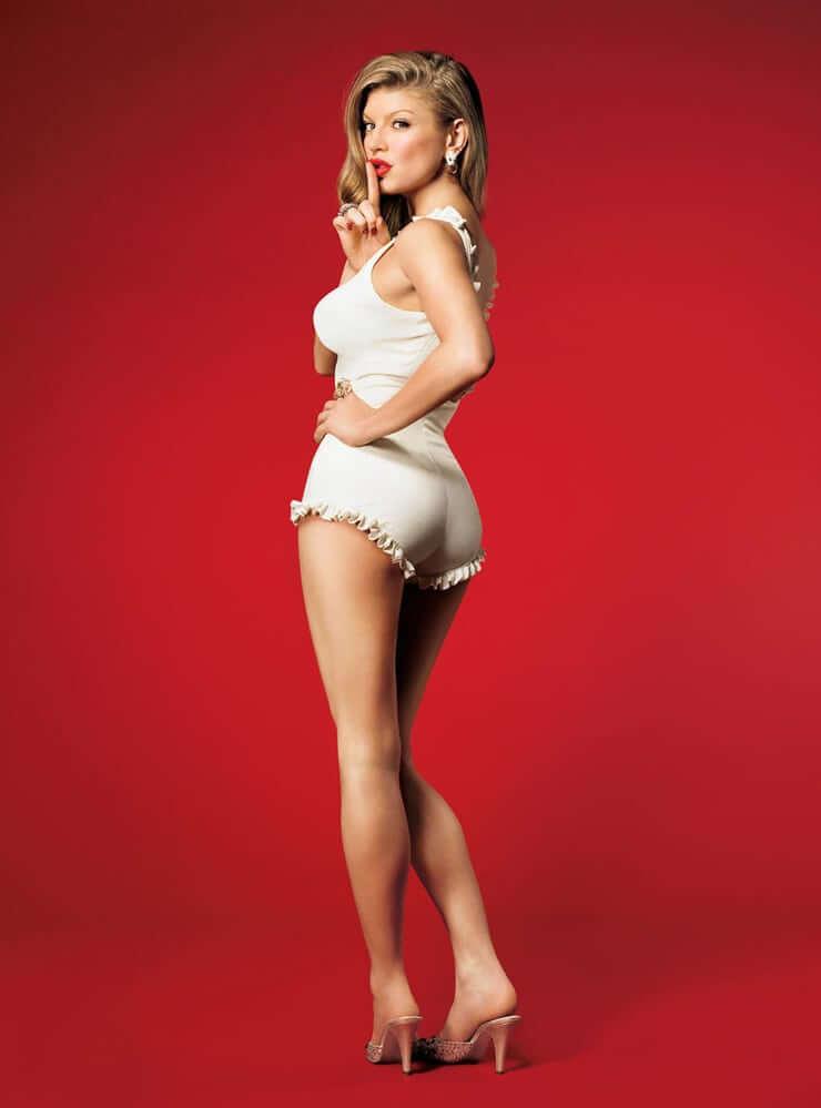 Fergie sexy butt (2)