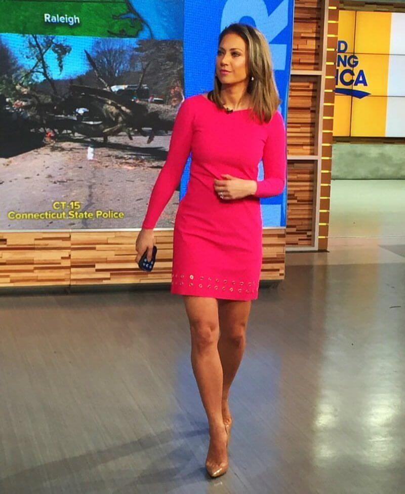 Ginger Zee sexy legs pic (2)