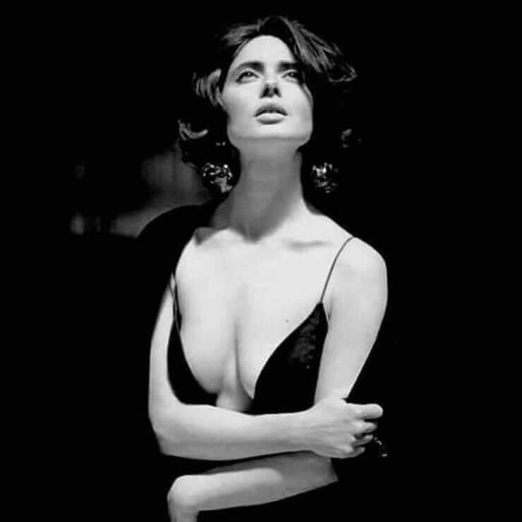 Isabella Rossellini boobs hot