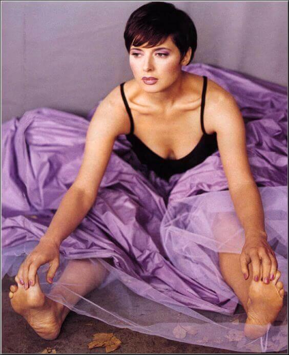 Isabella Rossellini cleavage