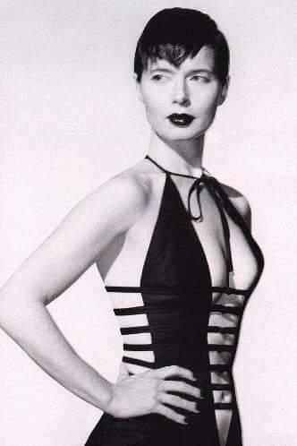 Isabella Rossellini side boobs