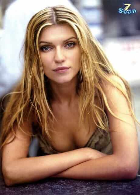 Ivana-Milicevic-sexy-cleavages