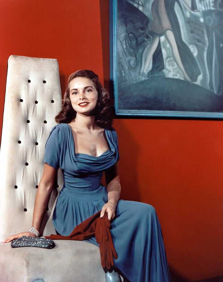 Janet Leigh sexy pictures