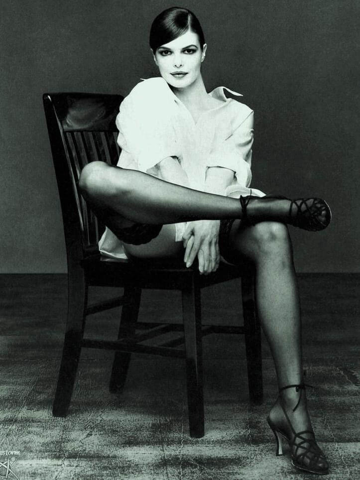 Jeanne Tripplehorn sexy feet