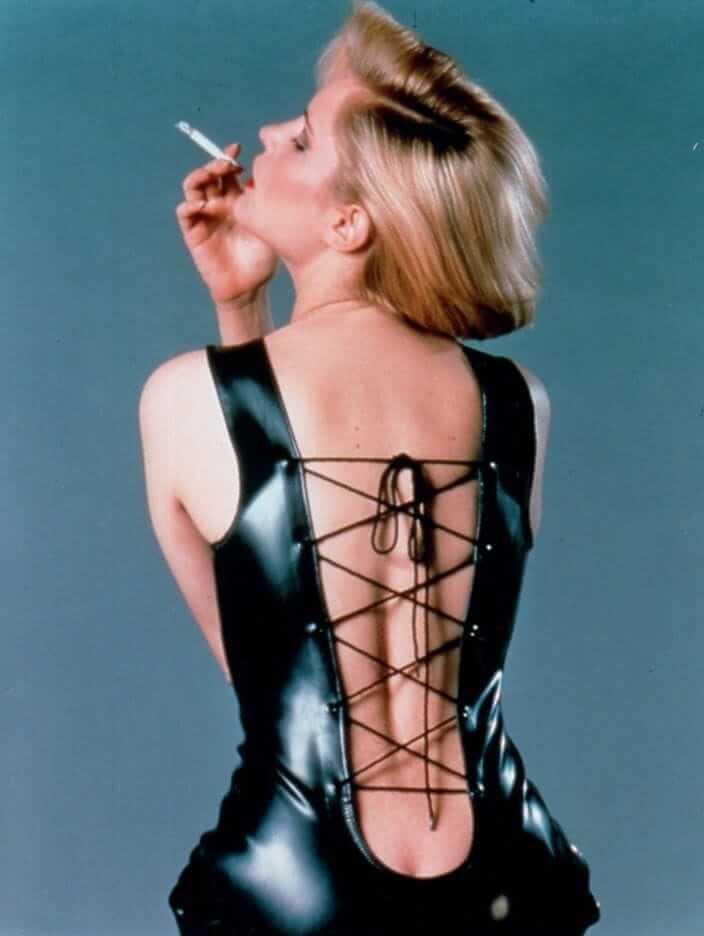 Jennifer Jason Leigh sexy backless pic