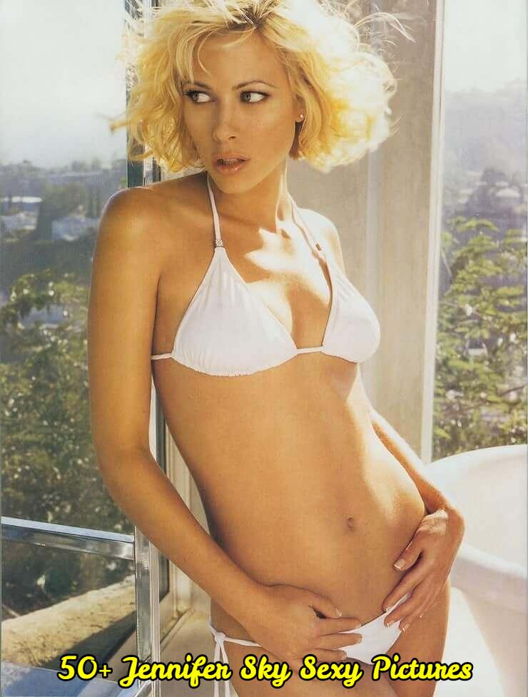 Jennifer Sky sexy bikini pictures