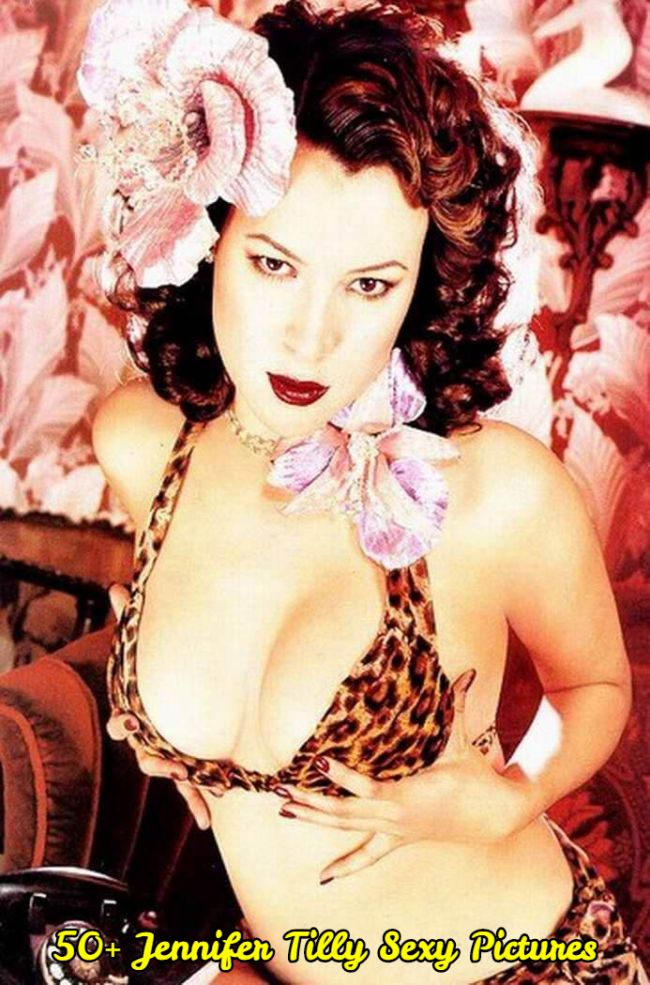 Jennifer Tilly cleavage pic